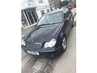 Mercedes C180 automatic 1005 Excellent Condition BARGAIN ONLY £1395
