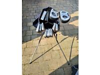 Golf Club - Complete Set with Bag - Golden Bear