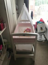 Silver cross nostalgia baby girls crib