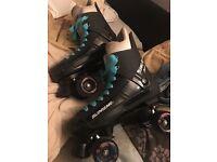 Supreme turbo 33 quad skates