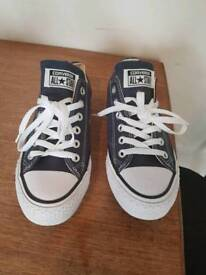 Size 5 navy converse
