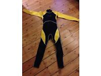 Child's wetsuit size XL fits approx 14 yrs