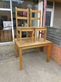 Pine table 2 chairs