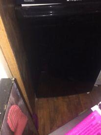 UNDERcounter black hotpoint freezer