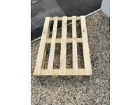 7 pallets for free