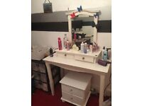 White large dressing table
