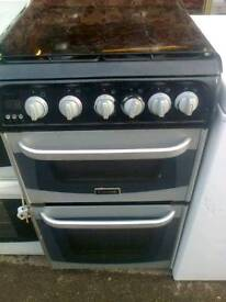 Gas cooker, black and silver canon