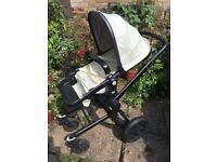 Pram/buggy with carry coat