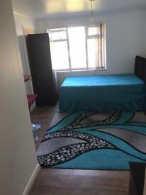 In suite double bedroom for rent in Abingdon £550