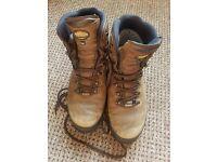 Men's Meindl Bhutan MFS GORE-TEX® Walking Boots, size 12 (47)