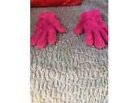 Fluffy pink gloves