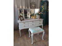Shabby chic 6 drawers dressing table with stool