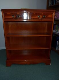 3 shelf Bookcase reproduction style in Yew
