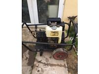 Heavy duty diesel pressure washer driveways cleaning