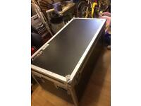 ODYSSEY FLIGHT/GIGGING BOX A1 CONDITION 3ft 7 long x 21 x 21