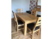 Solid Oak Dining Room Table x4 chairs