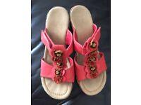 Reiker sandals