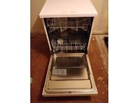 Currys Essentials CDW60W15 Full-size Dishwasher White Mint Condition.
