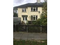 3 bedroom semi-detached house to rent
