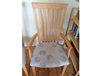 Dinning room table and six chairs
