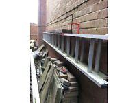 Double aliminum extension ladder