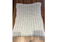 Cosy knitted circle scarf