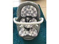 New Graco move with me portable swing/ baby chair