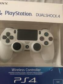 PS4 controller slim