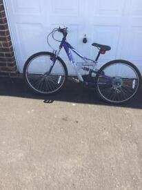 Girls bike 24 inch wheel