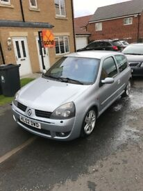 Clean and lightly modified Clio 172 low miles