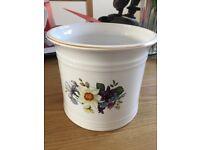 Duchy Cornwall plant pot
