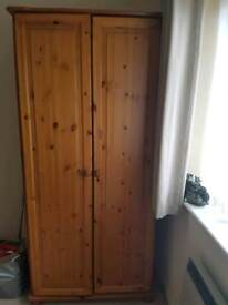 Pine wardrobe in very good condition