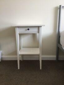 Bedside table - Ikea 'Hemnes' - white