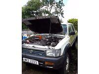 Toyota 4runner hilux 1994 v6 LPG Breaking