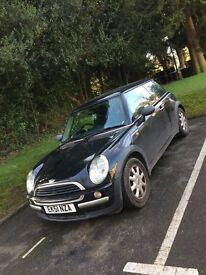 MINI ONE FOR SALE GREAT CONDITION