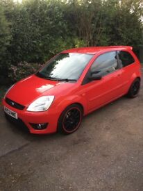 Ford Fiesta Red 1.2