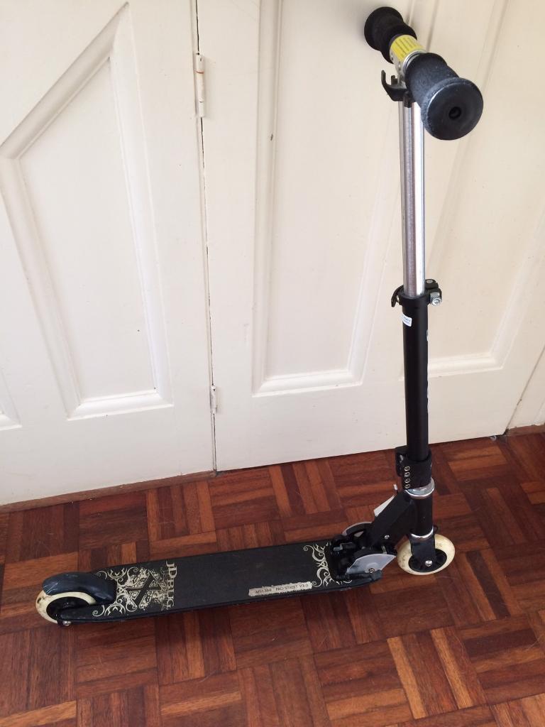 JD Bug Pro Street V3 Scooter