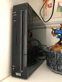 Nintendo Wii Bundle - Black Consolle 13 games, uDraw Tablet, Battery Pack, Skylanders Characters