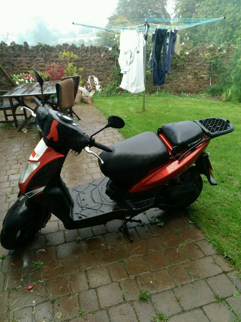 2009 KYMCO Agility 50 Red 50cc Scooter.