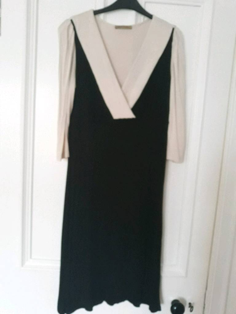 Cream and black jersey dress 14