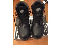 Contractor Size 10 Leather Safety Boots - Black - Steel Toe Caps