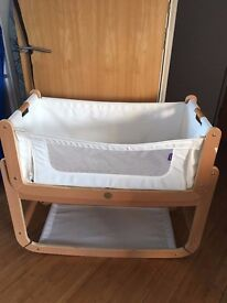 Snuz pod baby crib good condition