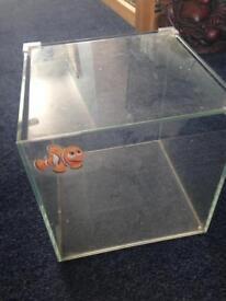SMALL FISH TANK £5