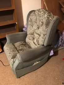ELECTRIC RISER & RECLINER ARMCHAIR UPHOLSTERED IN GREEN