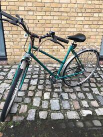 Womens Raleigh Pioneer Commuter bike