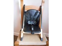 Minui HandySitt Portable Highchair including Cushion