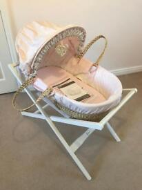 Mamas & Papas Millie & Boris Moses Basket & Deluxe Stand