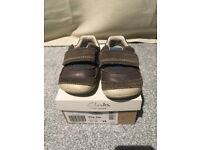 Infant Boys Clarks Tiny Tay First Cruiser Shoes - Size 3.5 G