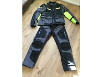 Spada Lati2de Motorcycle Jacket and Trousers. Size XL. Spada Shadow WP gloves Medium.
