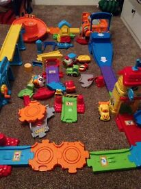 VTECH TOOT TOOT complete set
